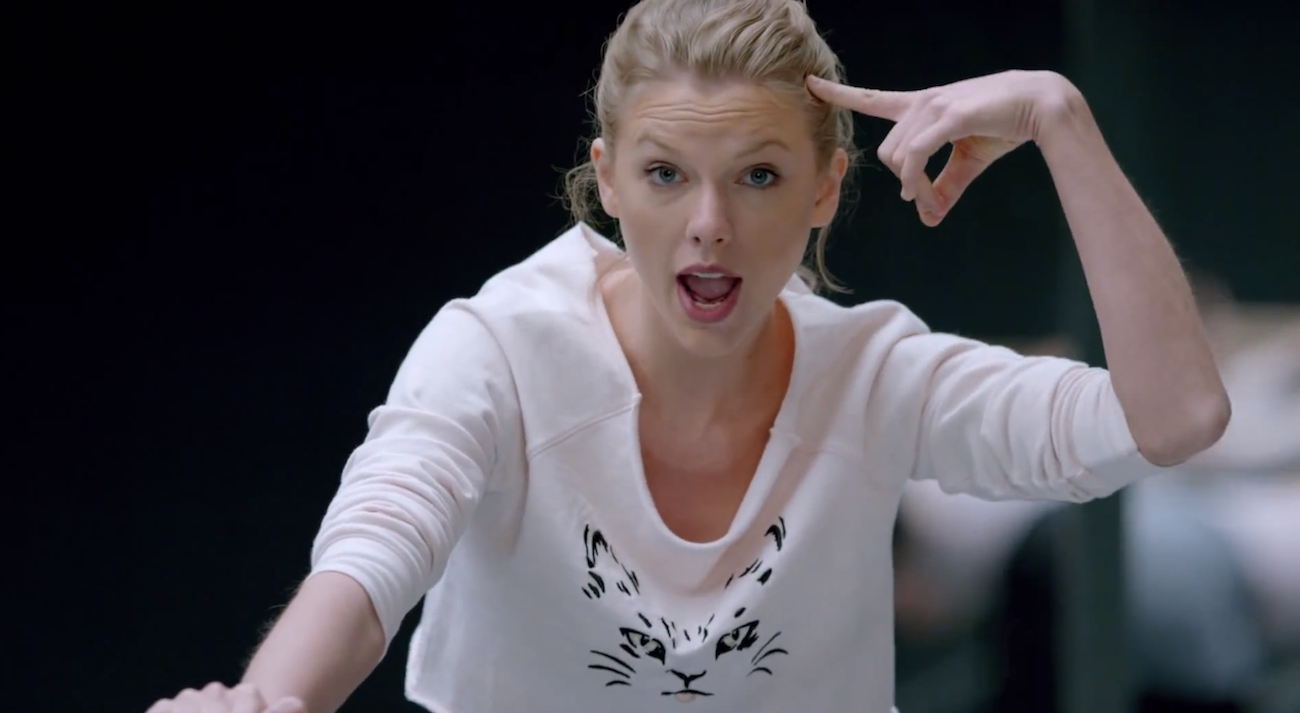 taylor-swift-shake-it-off-ballerina